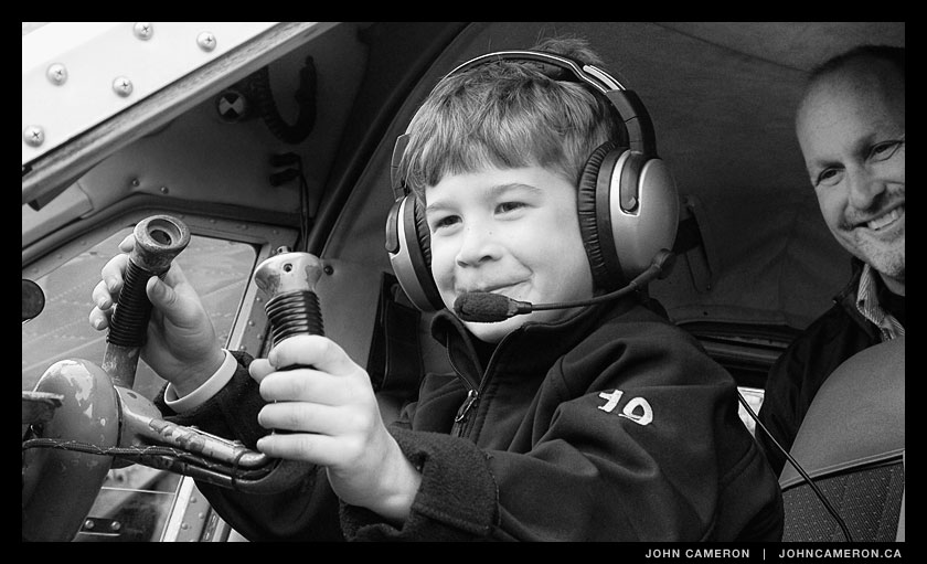 Pee-wee Pilot tires out Beaver float plane.