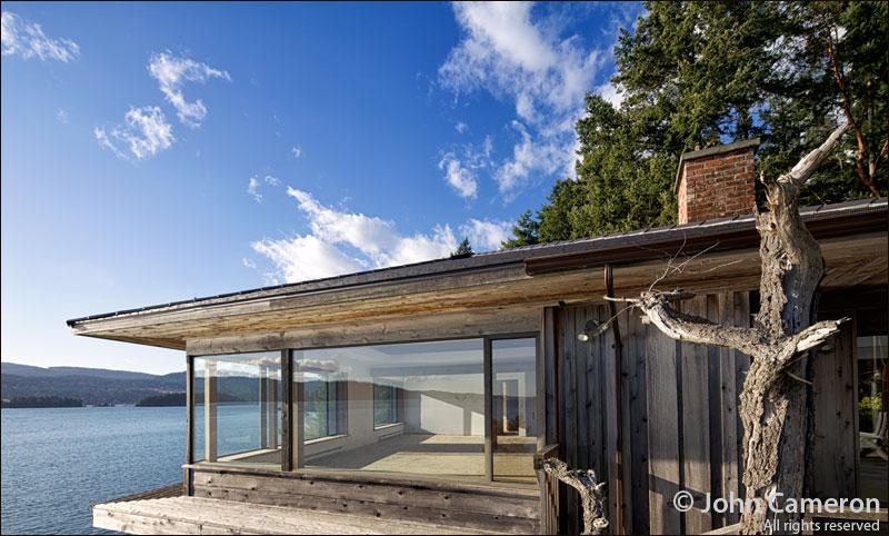 Salt Spring waterfront ready for reno